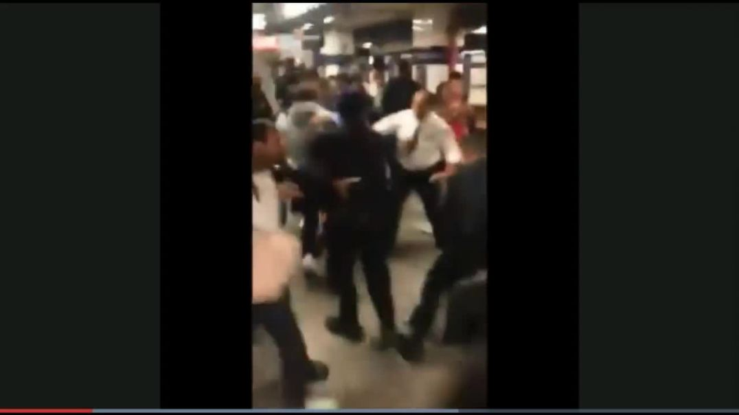 Bastard NYPD Cops Get In Mass Brawl With Teens