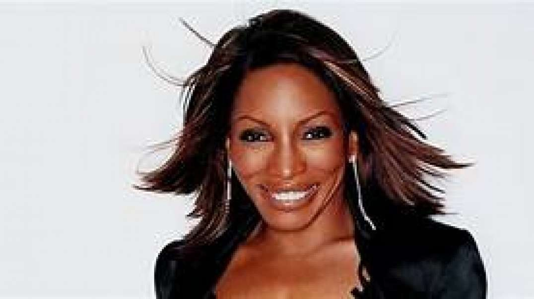 Stephanie Mills speaks about R. Kelly and Michael Jackson