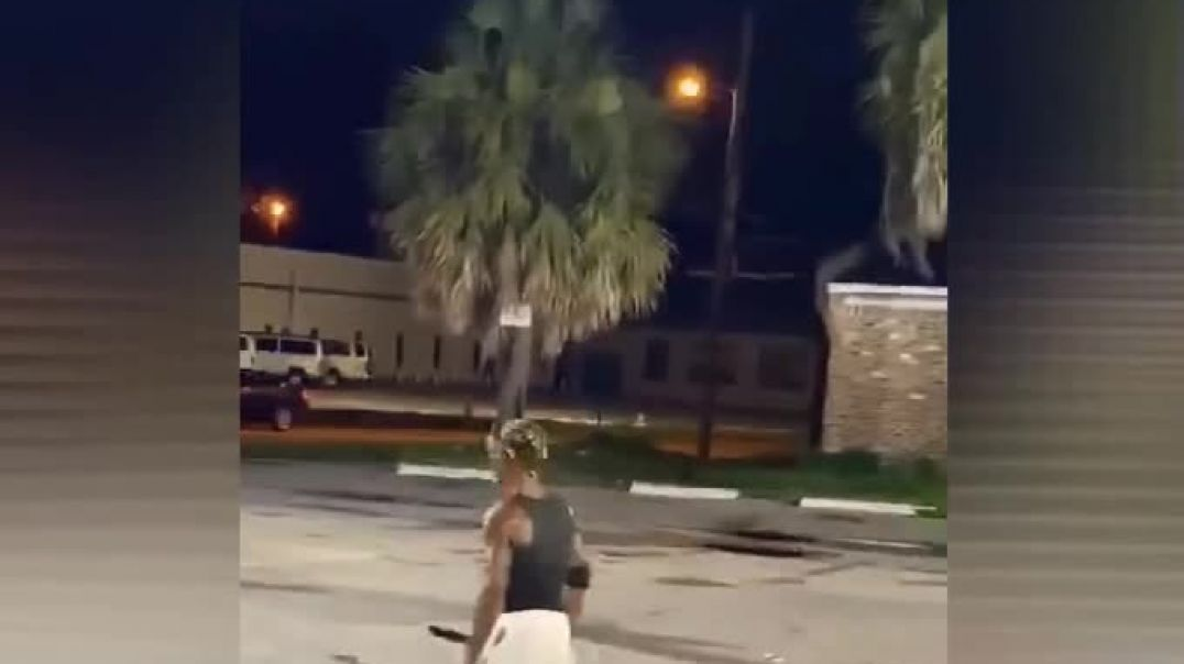 Crazy Ole' Bastard Threatens Homeless Man With A Machete Just For Asking Him For Change